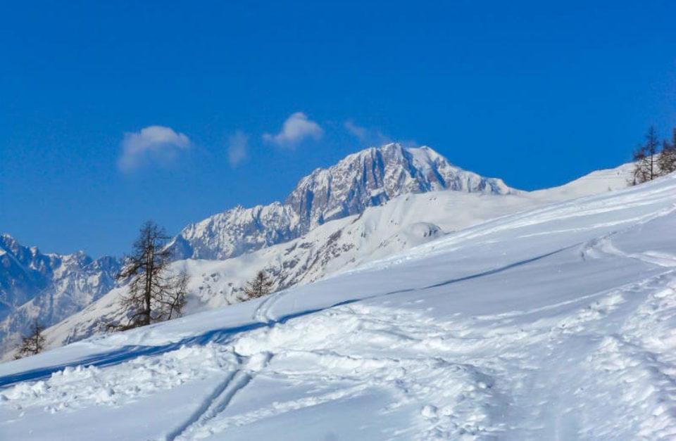 Ciaspolata con il Monte Bianco